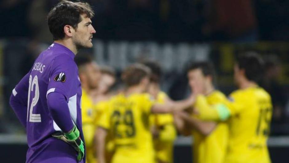 Iker Casillas foto autogol