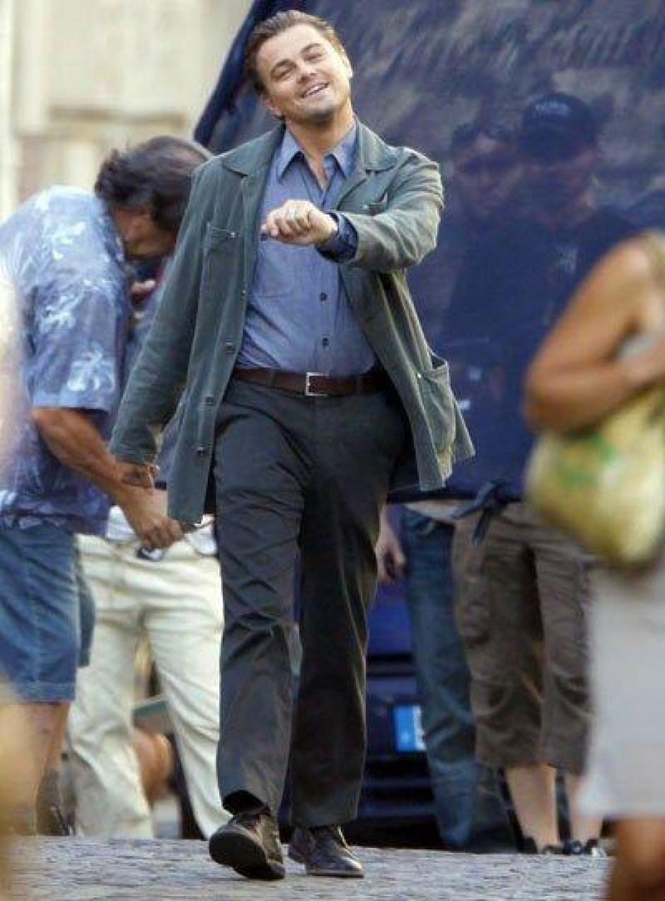 ¿Será que así regresó DiCaprio caminando a casa? (Foto: Twitter.com)