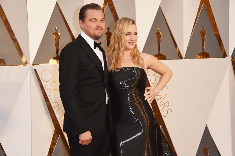 Leonardo junto a Kate Winslet.