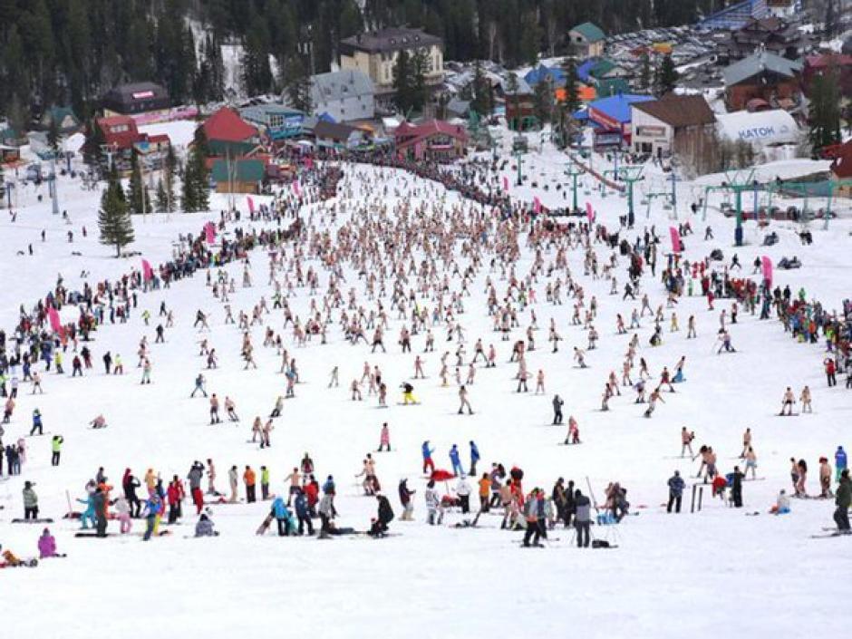 Centenares de rusos dan la bienvenida a la primavera. (Foto: BoogelWoogel 2016)