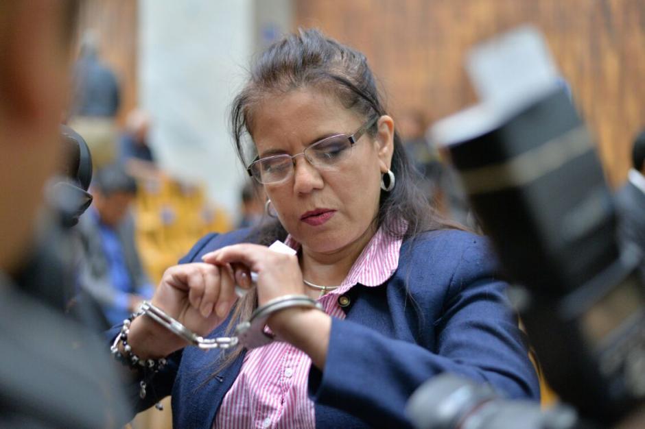 Emilia Ayuso protagonizó un altercado con una de las guardias de seguridad. (Foto: Wilder López/Soy502)