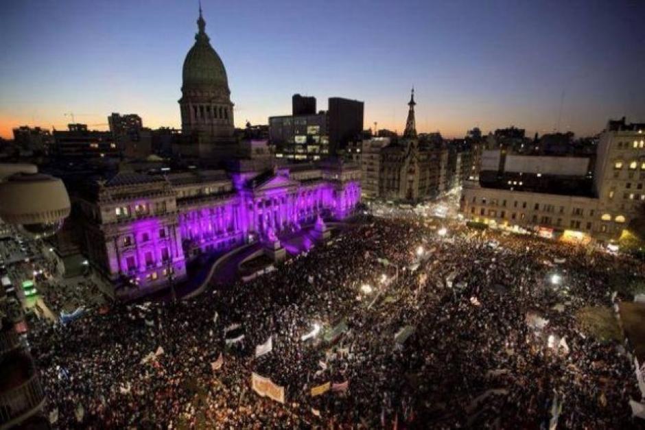 Al menos 22 ciudades de América Latina y España protestaron en contra de la violencia a la mujer. (Foto: cdn.ipsnews.net)
