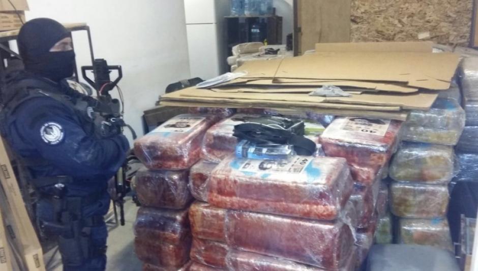 Autoridades, aseguraron otro narcotúnel en la frontera México-EE.UU. en donde localizaron una gran cantidad de marihuana.