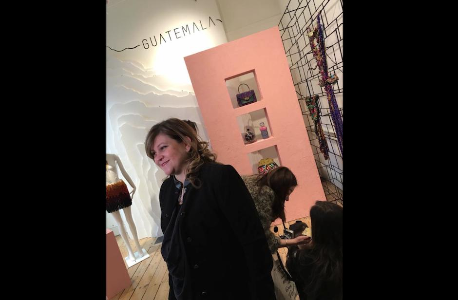 La productora Cecilia Santamarina recibió una mención honorífica por la curaduría del showroom. (Foto: Cecilia Santamarina)