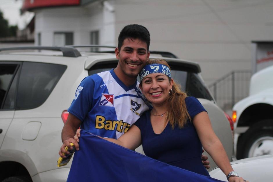 La afición de Mazatenango esperó 33 años para celebrar otro título. (Foto: Luis Barrios/Soy502)
