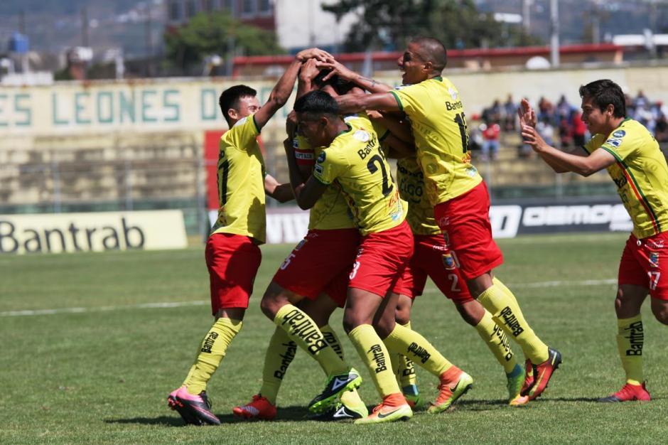 Marquense derrotó a Xelajú M. C. y es el nuevo líder del torneo Clausura 2017. (Foto: Nuestro Diario)