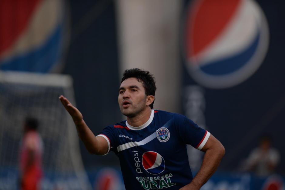 Kamiani, el actual goleador del torneo, volvió a hacer de las suyas ante Iztapa. (Foto: Nuestro Diario)