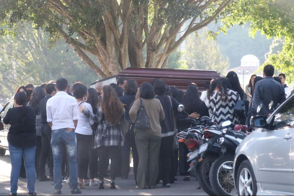 Familiares y amigos despidieron al exfuncionario. (Foto: Archivo/Soy502)