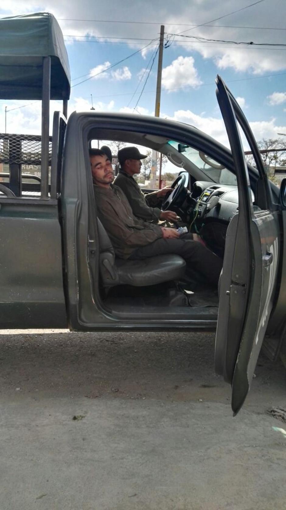 El maestro fue auxiliado por elementos del destacamento militar de Ciudad Quetzal. (Foto: Twitter Ejército de Guatemala)