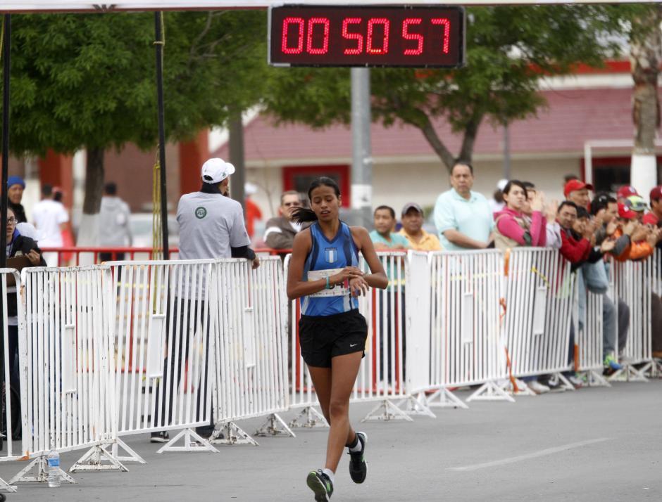 Arely Morales (10 kilómetros categoría juvenil) logró su boleto al Mundial de marcha juvenil que será en julio en Polonia. (Foto: Federación Nacional de Atletismo)