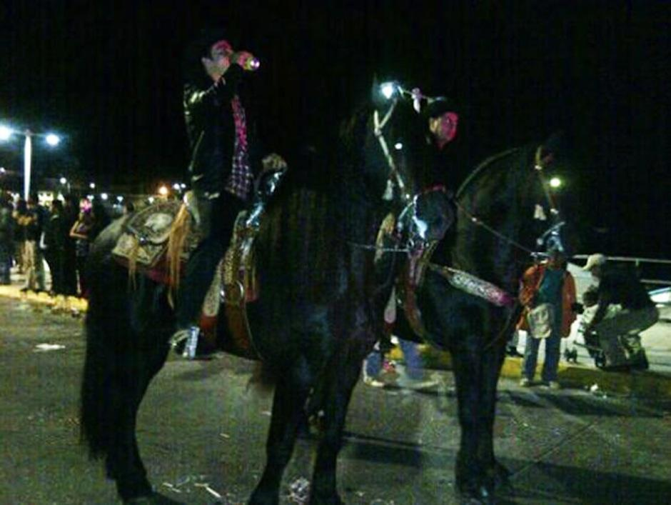 Hijos de El Chapo en supuesta competencia. (Foto: excelsior.com.mx)