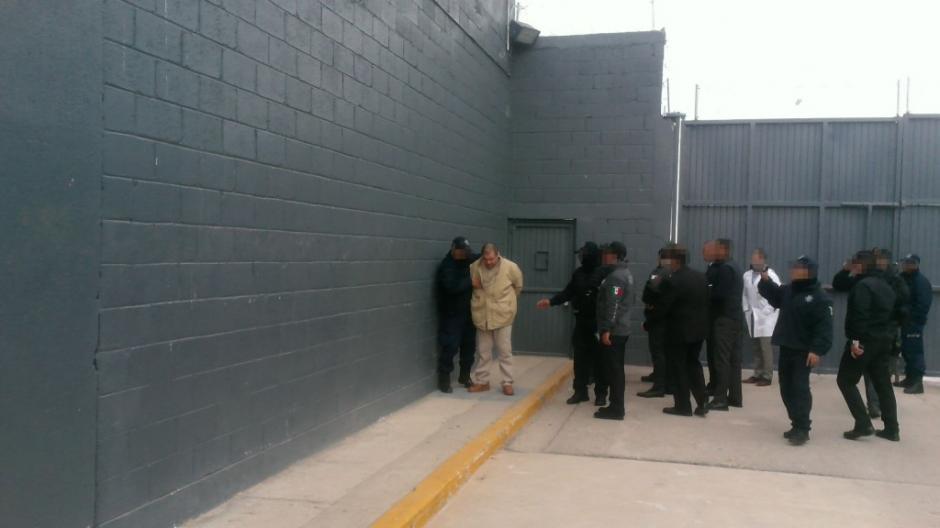 Guzmán fue enviado a las 15:15 horas hacia Nueva York. (Foto: www.infobae.com)