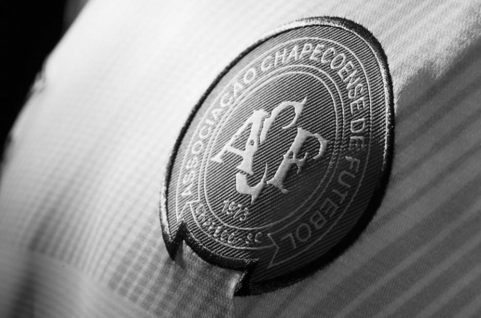 El escudo del Chapecoense pasará a la historia por una terrible tragedia. (Foto: Twitter)