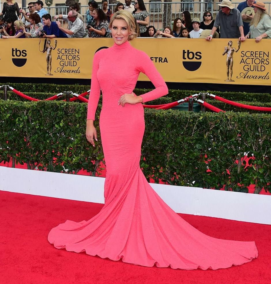 Charissa Thompson llega al Auditorio Shrine. (Foto: EFE / Paul Buck)