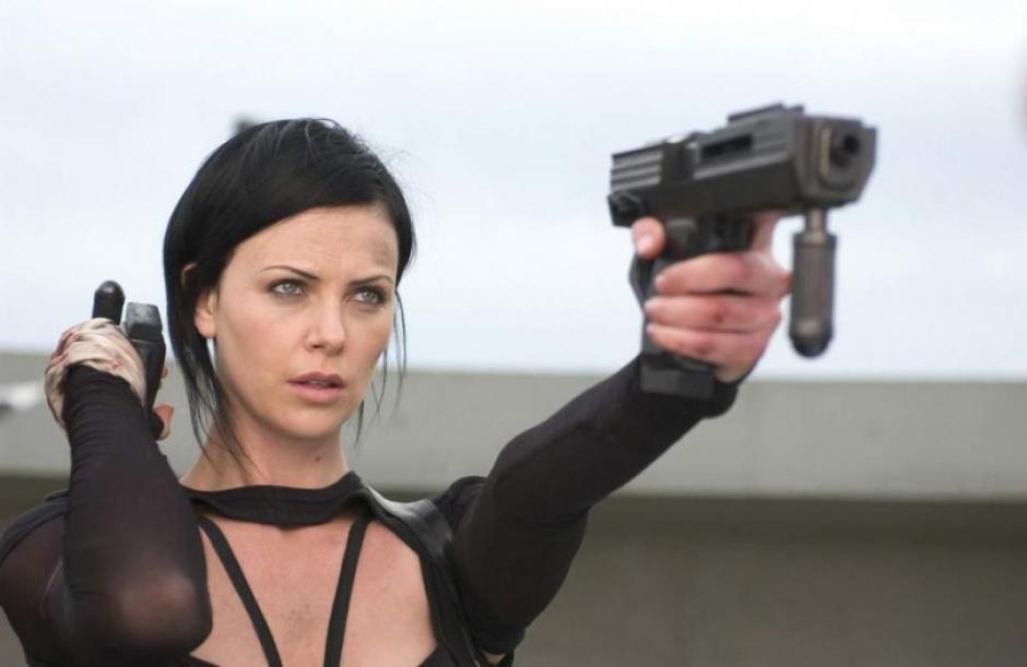 Esta no es la primera vez que Charlize Theron participa en una película de acción. (Foto: rushlane.com)