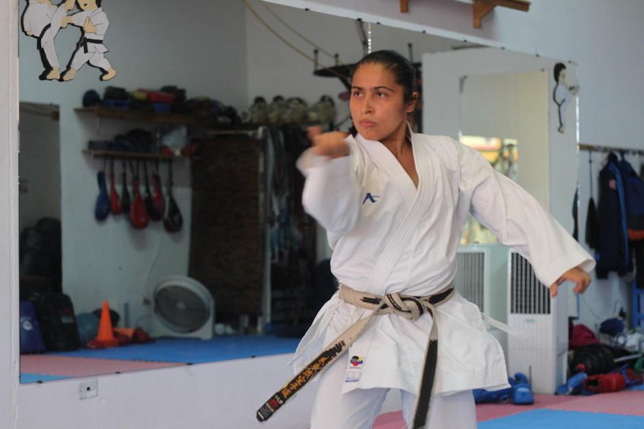 Cheili González intensifica su preparación en espera de la primera competencia de 2017. (Foto: Luis Barrios/Soy502)