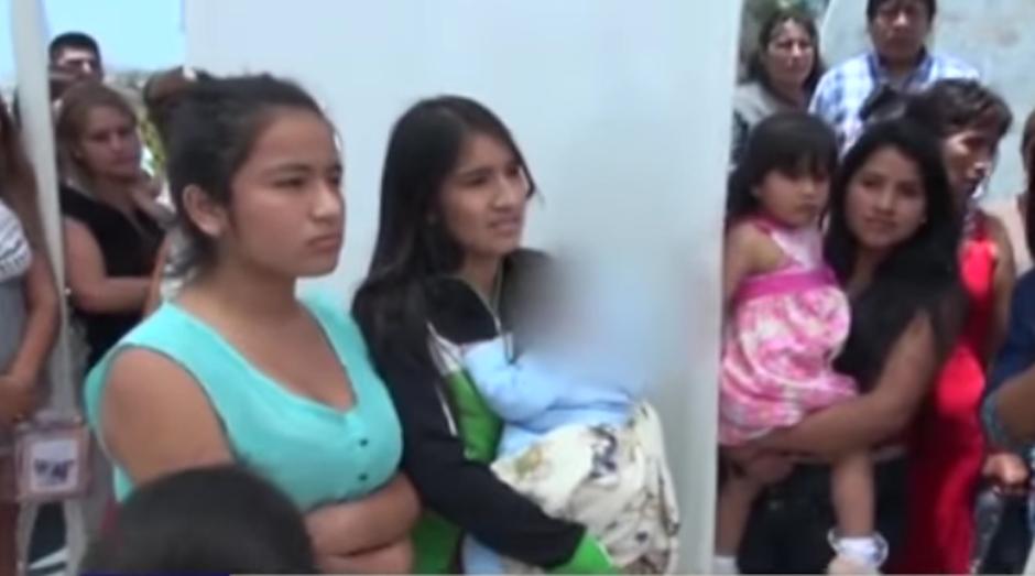 La joven asegura que el hombre no paga los gastos de su bebé. (Imagen: captura de YouTube)