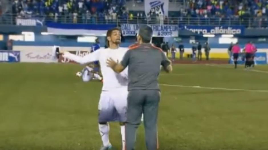 Cholo torres agrede a su entrenador en futbol de panamá