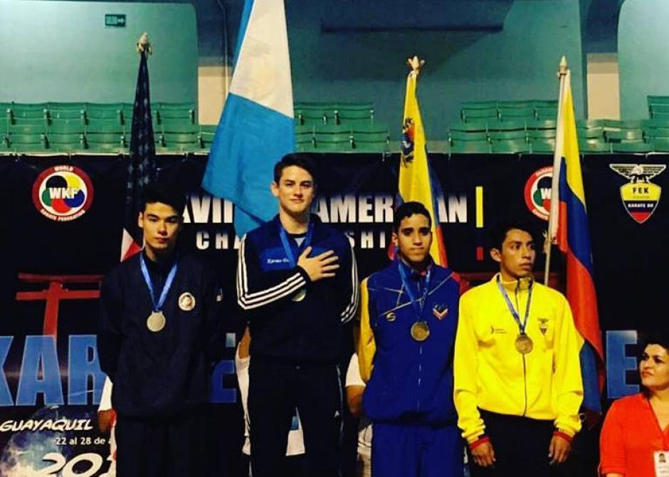 Weber en lo más alto del podio en la Panamericano de Karate 2016. (Foto: Christian Wever)