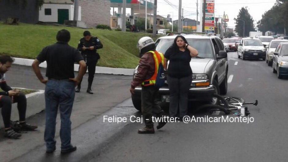 El percance provocó que se intensificara el tránsito. (Foto: @amilcarmontejo)