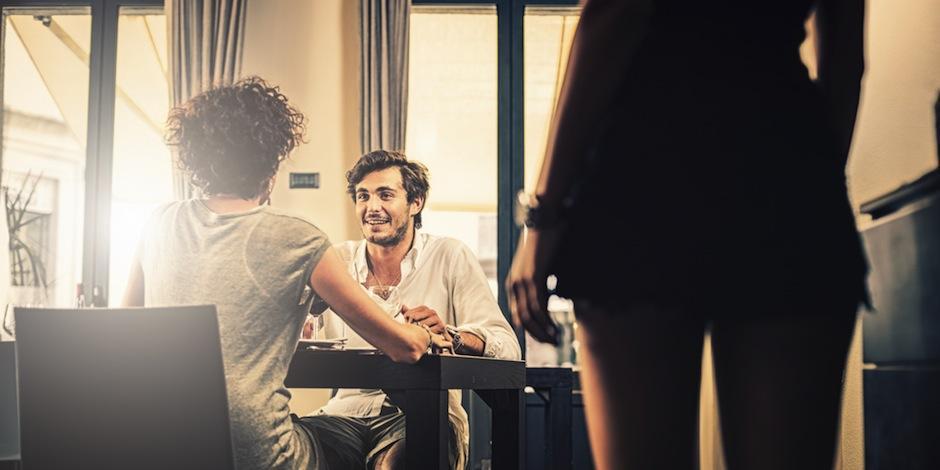 Es complicado explicar por qué alguien engaña a su pareja. (Foto: huffingtonpost.com)