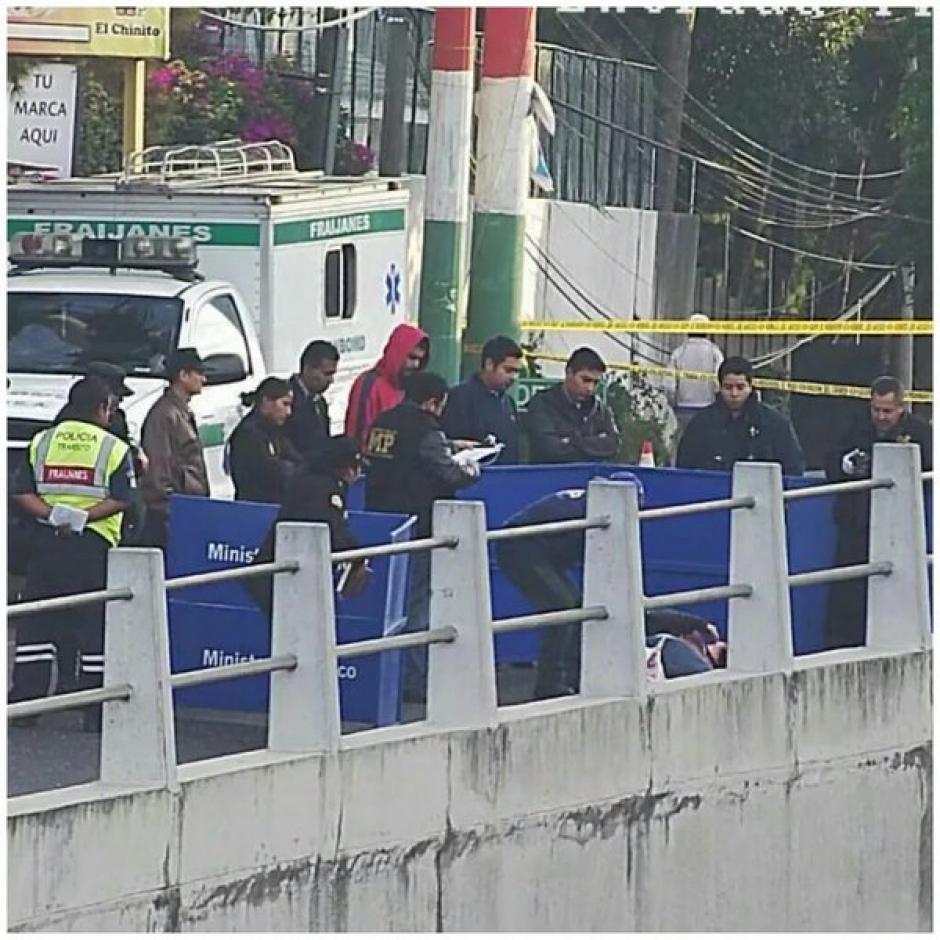Una persona perdió la vida en un accidente de tránsito en el kilómetro 18.5 de la ruta a El Salvador, en Fraijanes. (Foto: @DTransitoPNC)