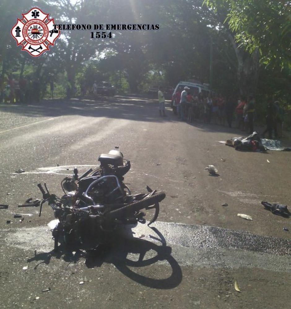 Un herido y un fallecido en accidente de tránsito en el kilómetro 153 ruta a El Salvador. (Foto: @CBMDEPTAL)