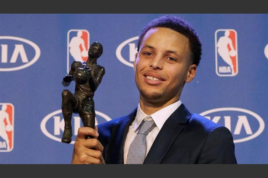 Stephen Curry el más valioso 2016 nba foto
