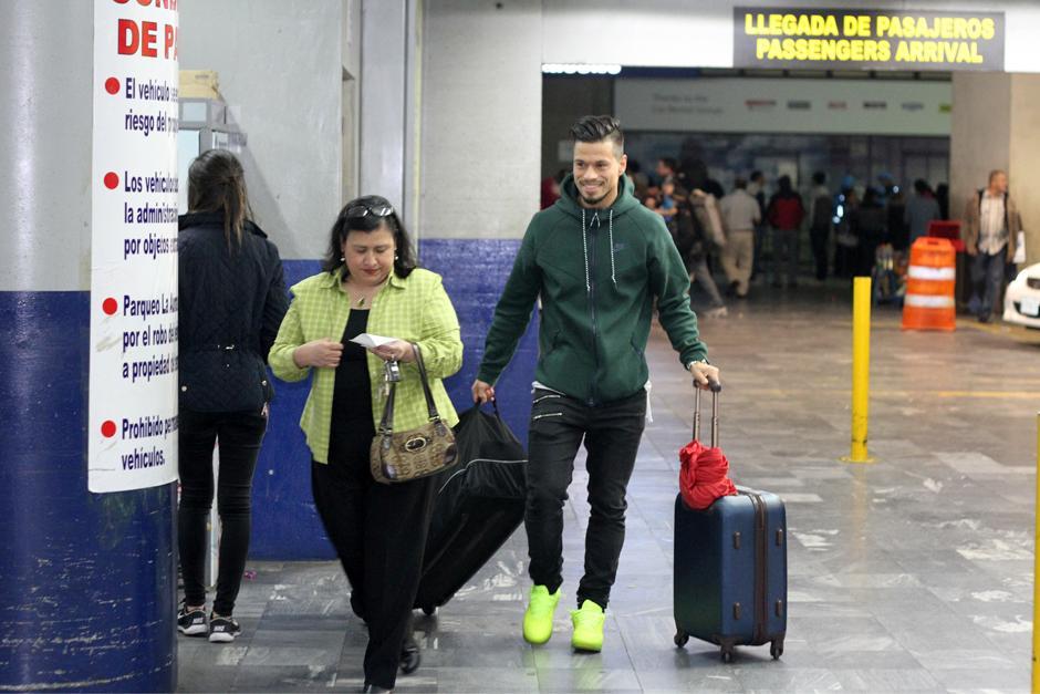 Cincotta, a su llegada al aeropuerto La Aurora. (Foto: Luis Barrios/Soy502)