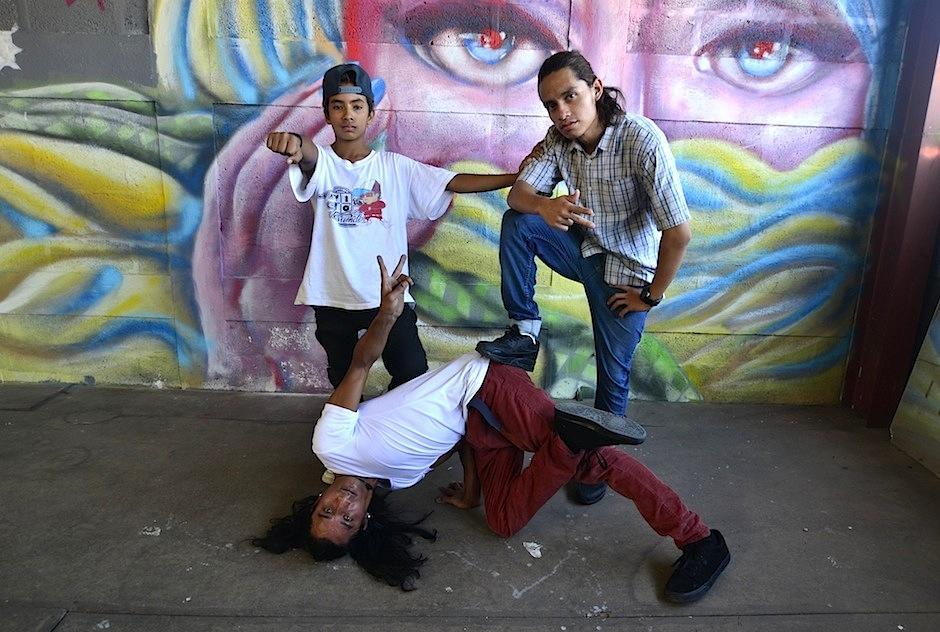 """Integrantes del grupo de baile """"Dark Temple Crew"""", participan en el show. (Foto: Selene Mejía)"""
