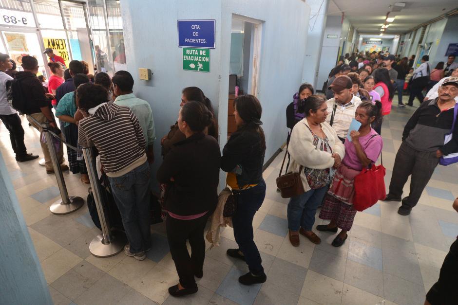 Se le dio atención a todos los pacientes del San Juan de Dios que asistían por primera vez. (Foto: Wilder Lopéz/Soy502)