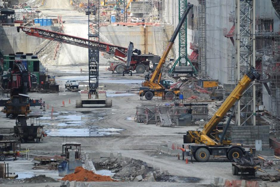 Debido a la falta de acuerdos entre la Administración del Canal de Panamá y el consorcio constructor, la obra se paralizó por completo este miércoles. (Foto: AFP)