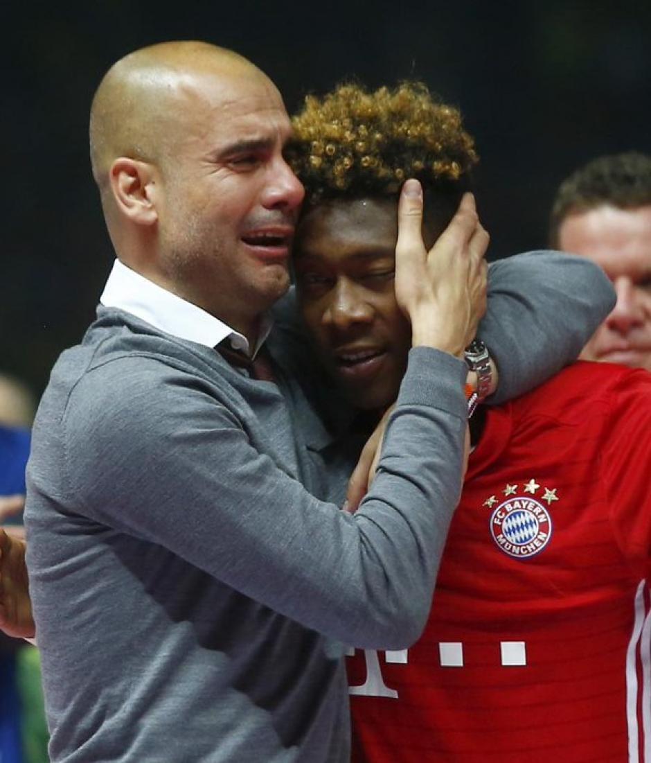 Las lágrimas de Pep lo dicen todo al despedirse de Múnich. (Foto: EFE)