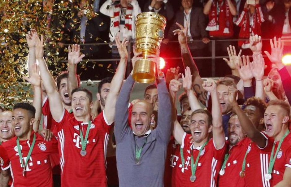 Pep levantó su séptimo título con el Bayern Múnich. (Foto: EFE)