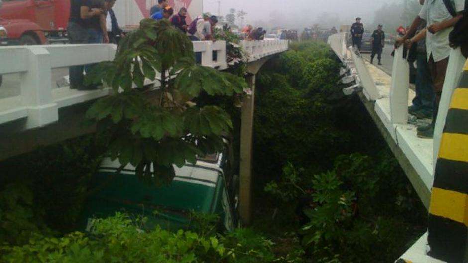 Al menos 40 heridos en accidente de tránsito en carretera a El Salvador. (Foto: @Provial)