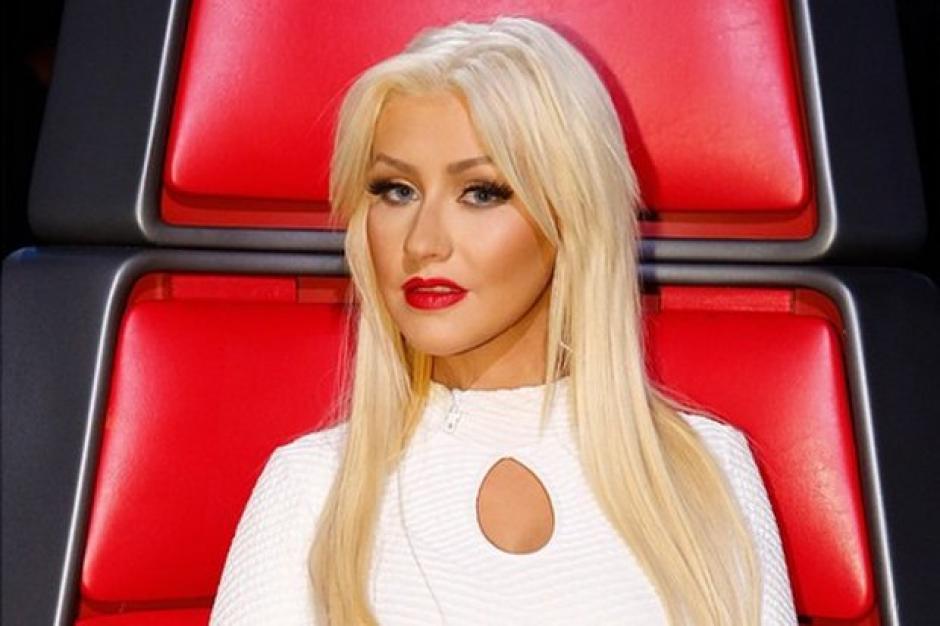 El cabello rubio de Aguilera ha sido su sello. (Foto: Eonline)