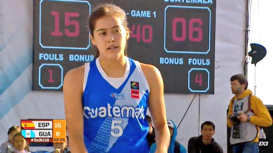 Nathalie Pinelo fue la capitana del equipo guatemalteco. (Foto: Captura youtube)