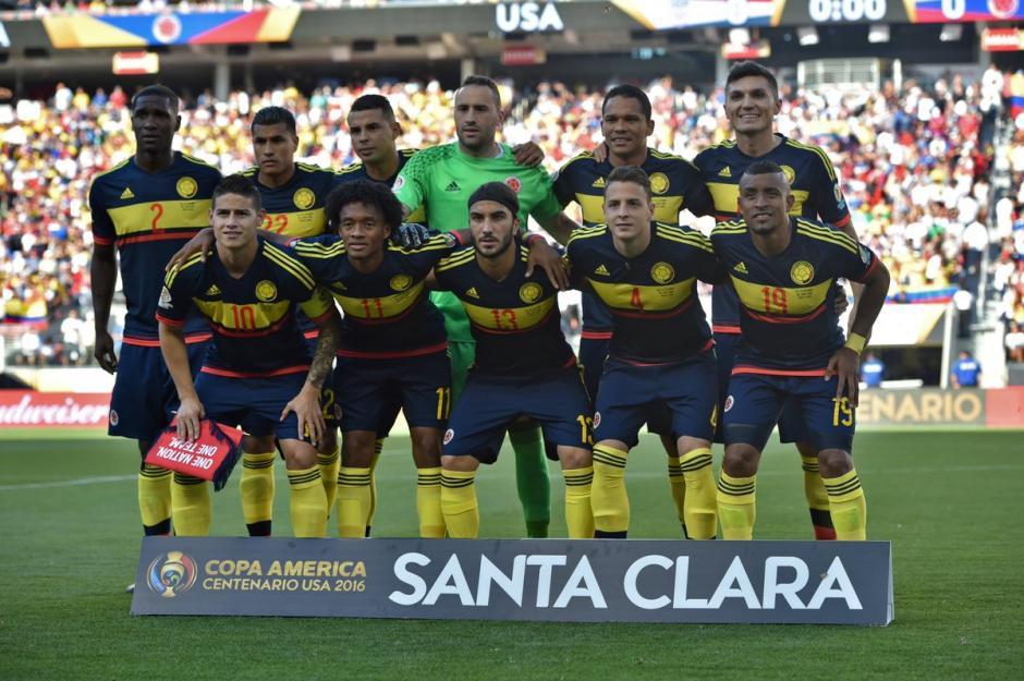 Este fue el once inicial de los colombianos. (Foto: Conmebol)