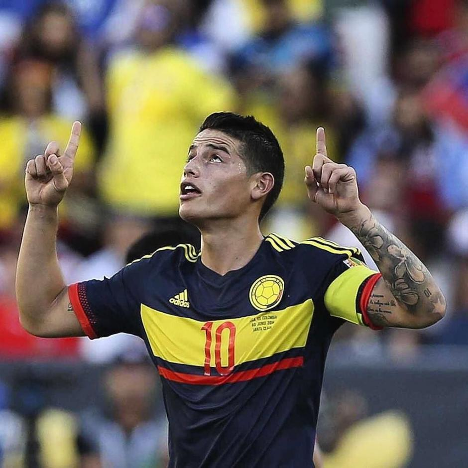 James Rodríguez festejó el segundo gol cafetero. (Foto: Conmebol)