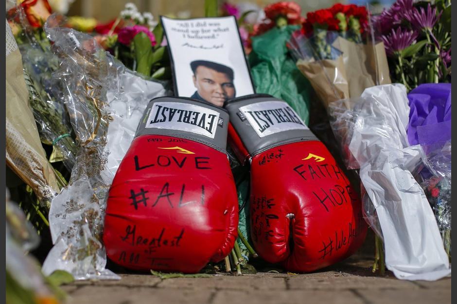 Miles recuerdan el legado de Muhammad Alí en Louisville. (Foto: EFE)