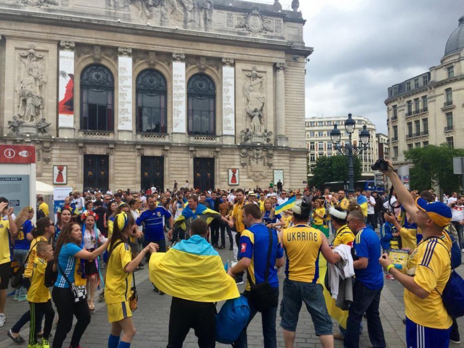 Muchos seguidores de Ucrania prefirieron resguardarse. (Foto: Twitter)
