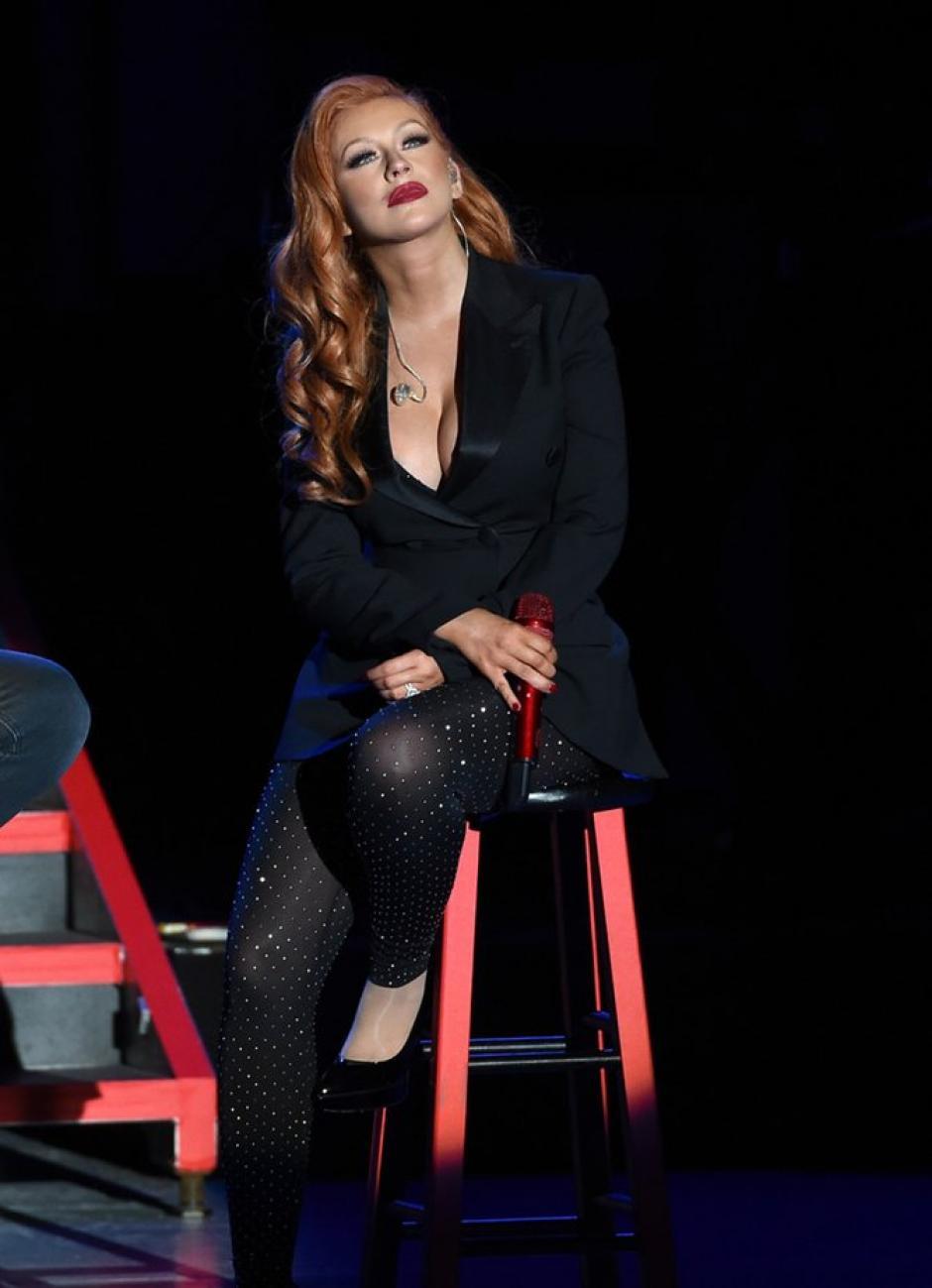 La cantante estrenó imagen en un evento político. (Foto: Xtina Argentina)