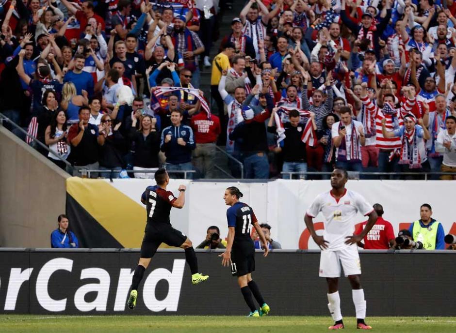 Los festejos norteamericanos hicieron eco en todo el estadio. (Foto: AFP)