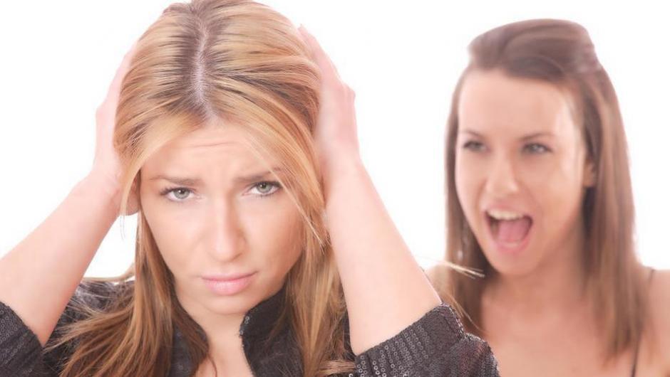 Por su parte, si las mujeres rompen su amistad, lo hacen con intensidad. (Foto: Clarín)
