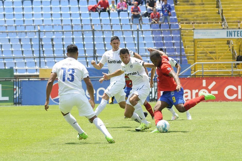 Comunicaciones avanzó a la final del torneo Clausura 2016. (Foto: Orlando Chile/Nuestro Diario)