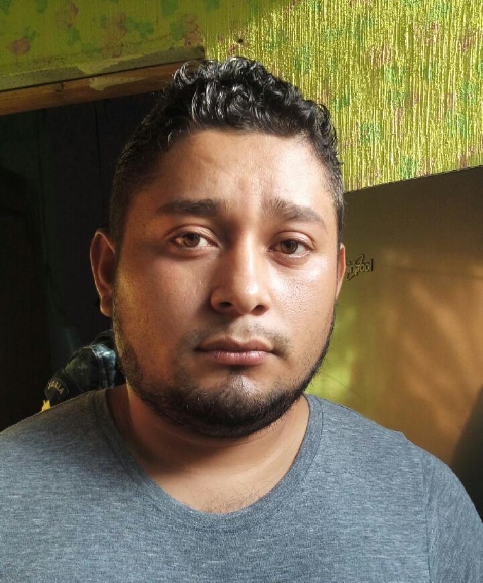 Edwin Estuardo Picón Raymundo de 26 años fue detenido durante los allanamientos. (Foto: PNC)