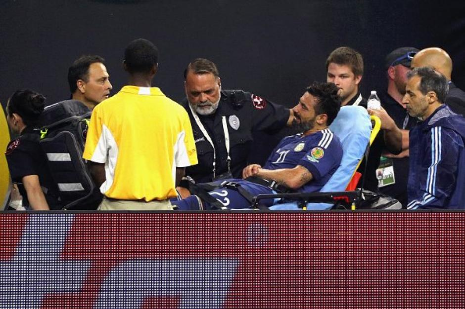 Ezequiel Lavezzi sufre una fractura foto