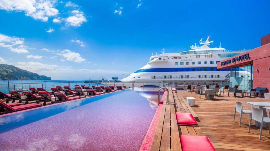 Vista al mar desde el hotel CR7 Pestana en Madeira, Portugal. (Foto: Twitter)