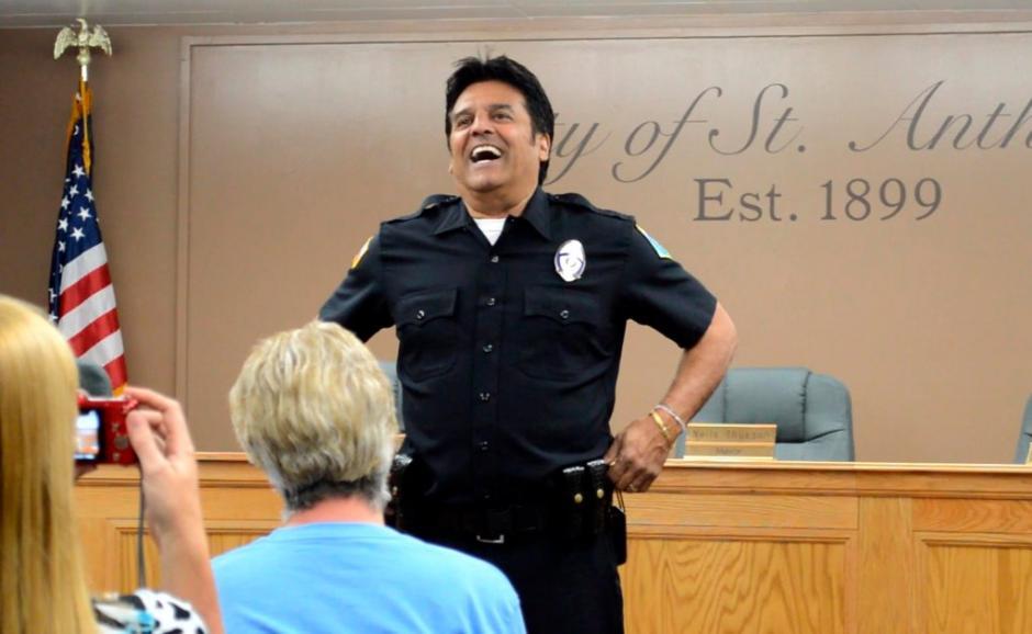 Estrada espera apoyar a la comunidad como parte de St. Anthony Police Department. (Foto: Canal 44)