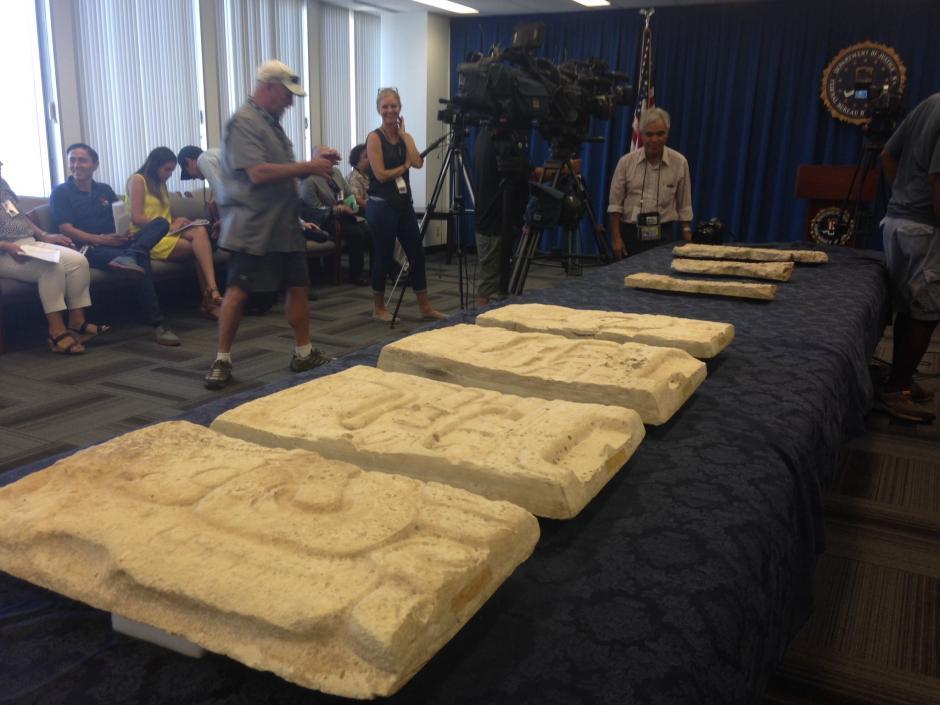 Las piezas se encontraban en una colección privada y fue delatada al FBI. (Foto: LA Times)